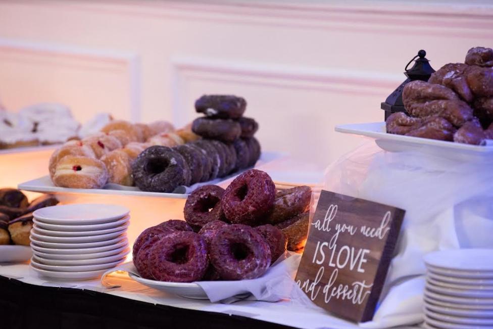Paulas Donuts - bakery  | Photo 10 of 10 | Address: 8560 Main St, Clarence, NY 14221, USA | Phone: (716) 580-3614