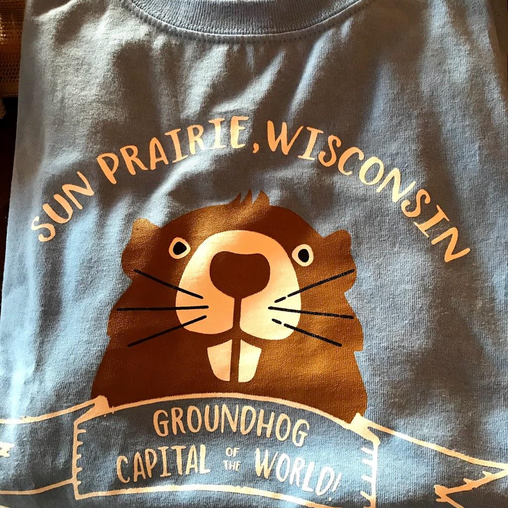 Wisconsin Apparel Co. - clothing store  | Photo 4 of 10 | Address: 229 E Main St, Sun Prairie, WI 53590, USA | Phone: (608) 770-1819