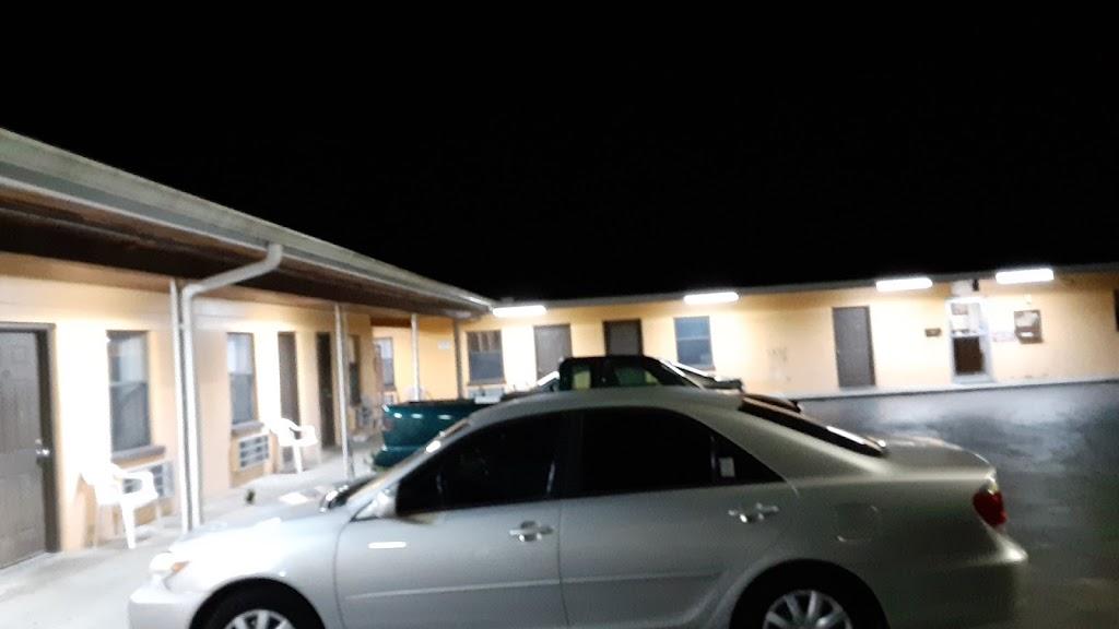 Twilite Motel - lodging  | Photo 8 of 10 | Address: 4040 Gall Blvd, Zephyrhills, FL 33542, USA | Phone: (813) 788-2695