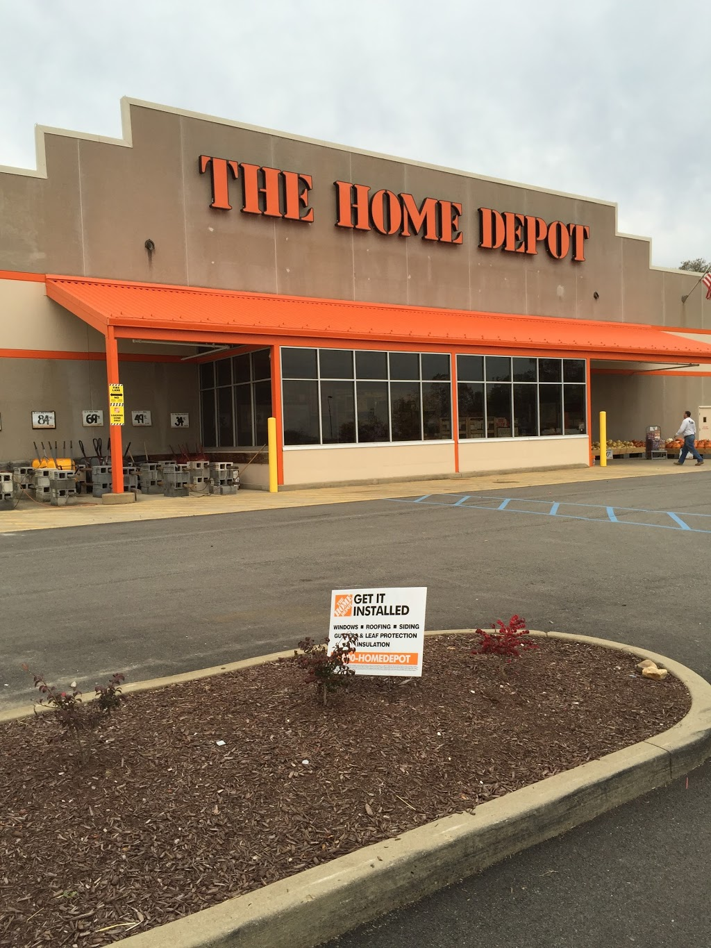 The Home Depot - hardware store  | Photo 7 of 10 | Address: 102 Aldi Dr, North Versailles, PA 15137, USA | Phone: (412) 816-1231