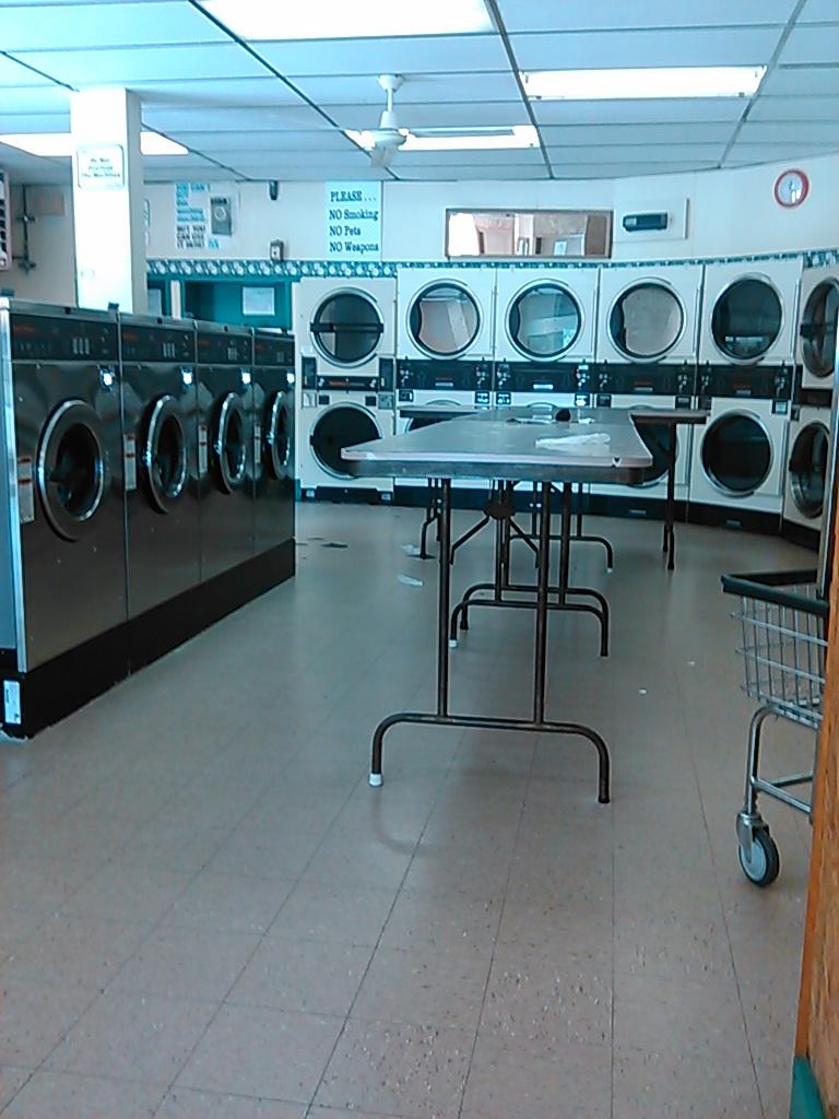 Midtown Laundry - laundry    Photo 4 of 4   Address: 115 S A Ave, Bixby, OK 74008, USA   Phone: (918) 366-9274