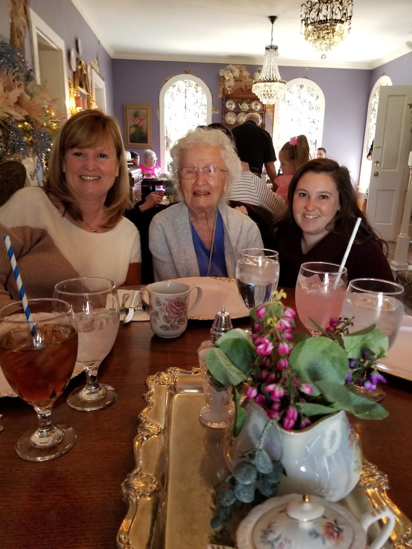 The Parker Grace - cafe  | Photo 4 of 10 | Address: 138 1st St, Roanoke, IN 46783, USA | Phone: (260) 715-6609