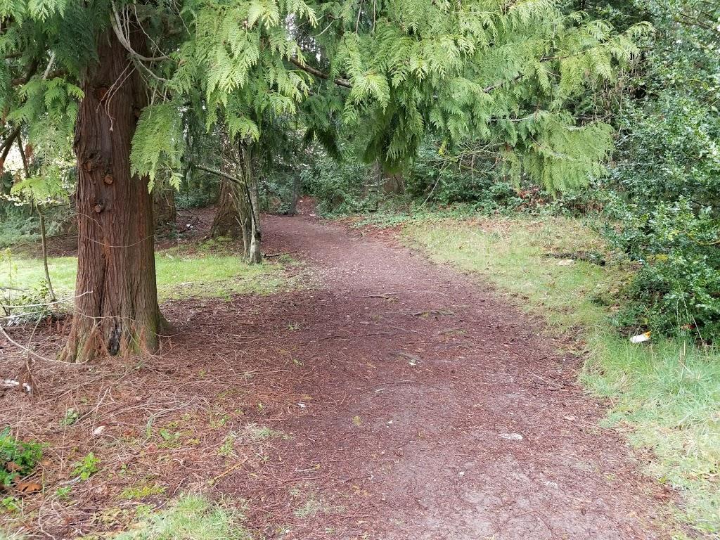 South Woods Park - park    Photo 8 of 10   Address: 2210 NE 150th St, Shoreline, WA 98155, USA   Phone: (206) 363-5517