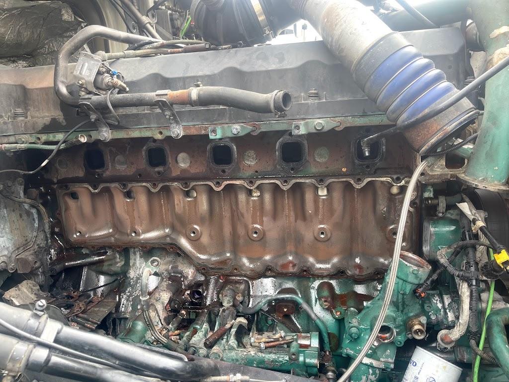 Asr truck & trailer repair Inc - car repair  | Photo 3 of 10 | Address: 264 Swanson Rd, Manteca, CA 95337, USA | Phone: (209) 905-4427