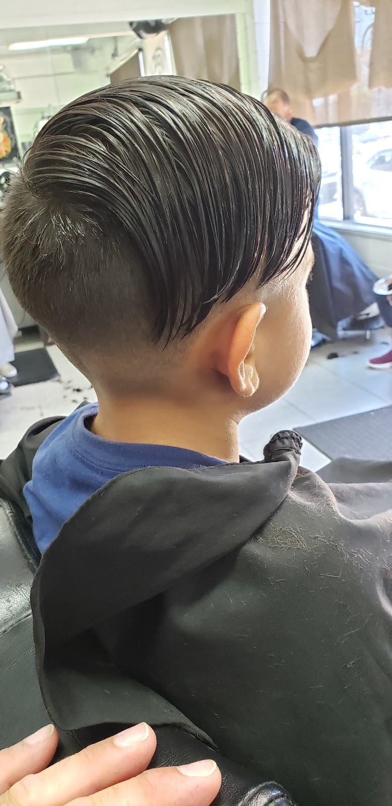 Straight Edge and Cuts - hair care    Photo 6 of 9   Address: 9233 Telegraph Rd, Pico Rivera, CA 90660, USA   Phone: (562) 271-7758