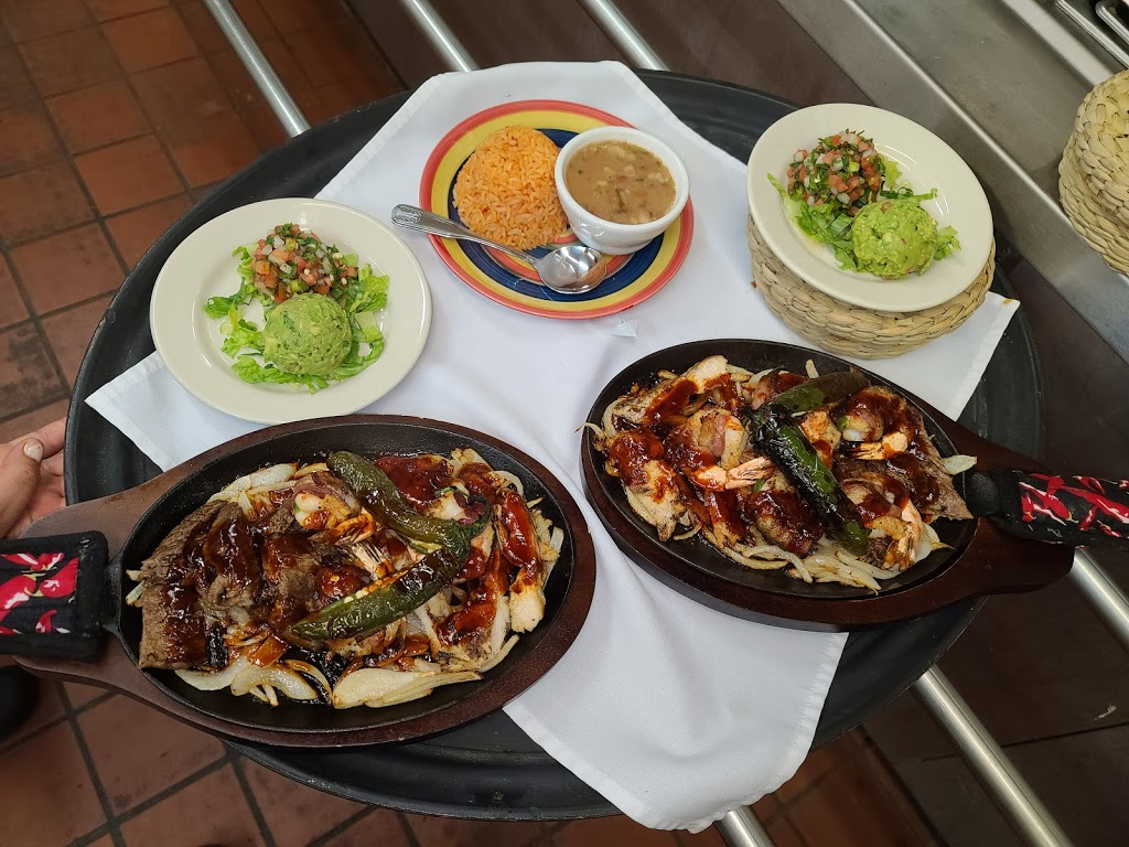 Alexanders Mexican Cuisine - restaurant  | Photo 6 of 10 | Address: 1055 Regal Row, Dallas, TX 75247, USA | Phone: (469) 466-8160