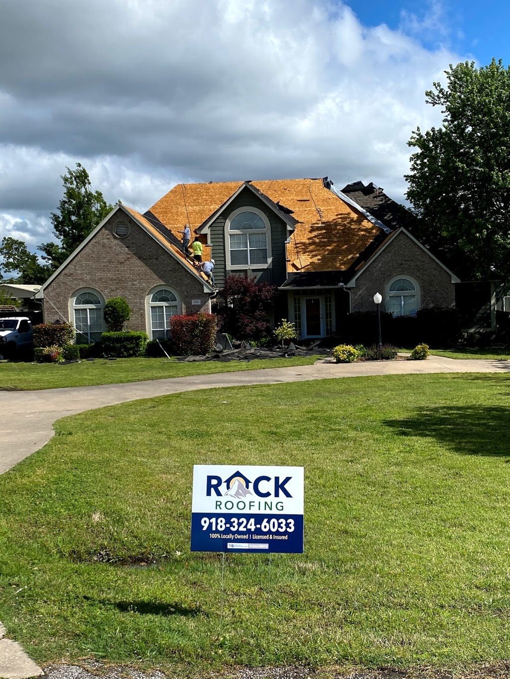 Rock Roofing, LLC - roofing contractor  | Photo 3 of 4 | Address: 807 E A St #101, Jenks, OK 74037, USA | Phone: (918) 324-6033