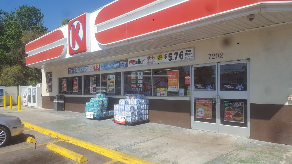 Circle K - convenience store    Photo 1 of 5   Address: 7202 W Knights Griffin Rd, Plant City, FL 33565, USA   Phone: (813) 986-5730