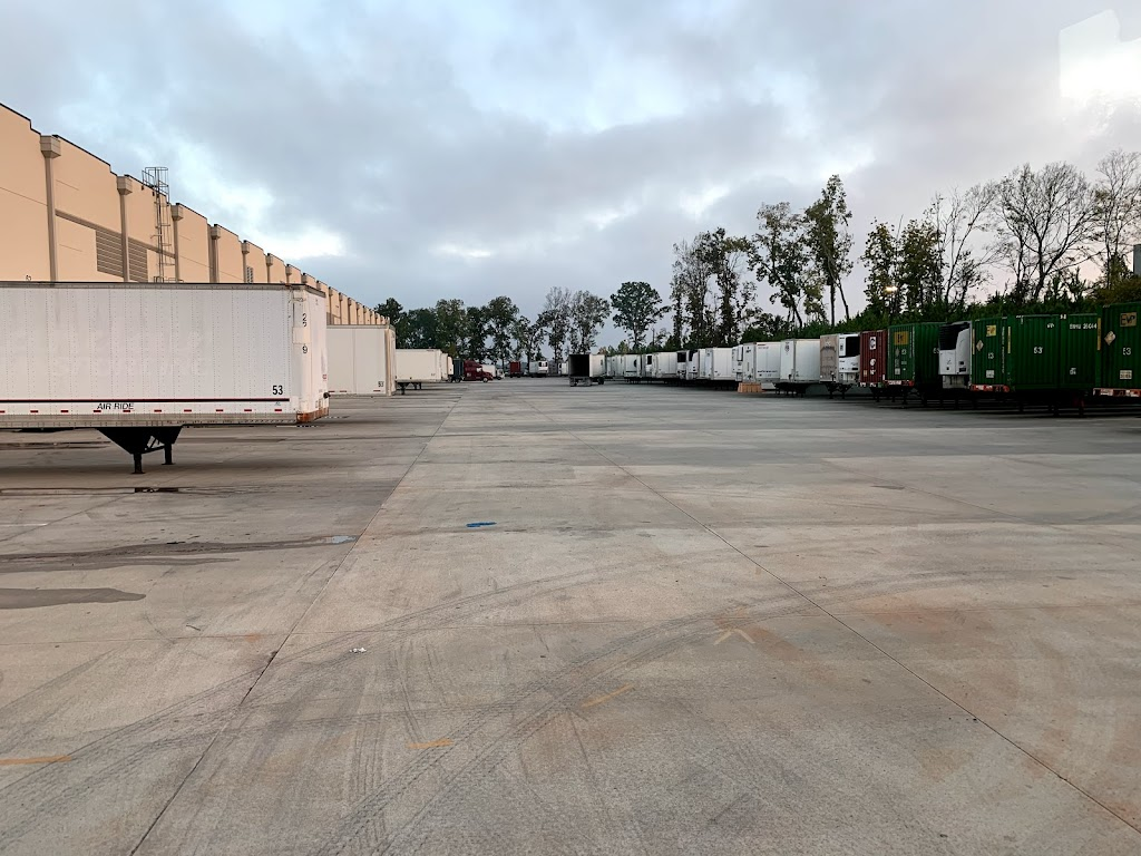 The Shippers Group - storage    Photo 2 of 10   Address: 300 Interstate W Pkwy, Lithia Springs, GA 30122, USA   Phone: (678) 981-3590