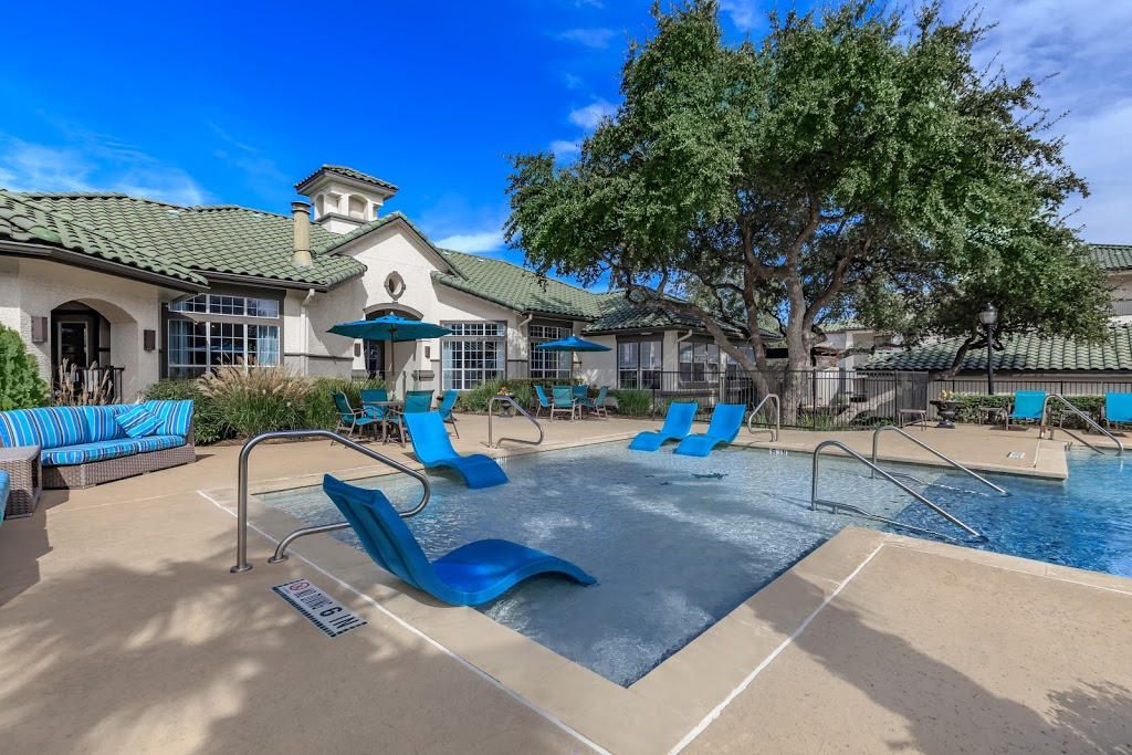 Falconhead Apartments - real estate agency  | Photo 3 of 10 | Address: 3400 Ranch Rd 620 S, Austin, TX 78738, USA | Phone: (512) 729-1234