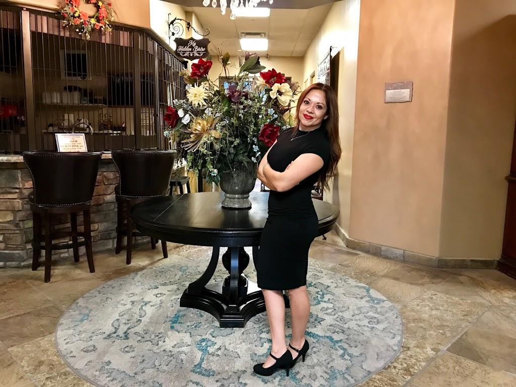 La Maison de Cheveux LLC - hair care  | Photo 1 of 4 | Address: 19805 N 51st Ave Suite 15, Glendale, AZ 85308, USA | Phone: (602) 740-4049