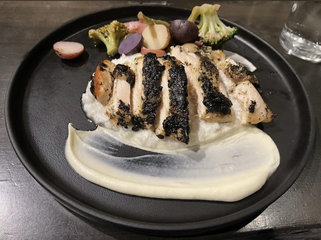 Tulum - restaurant  | Photo 7 of 10 | Address: 4216 Oak Lawn Ave, Dallas, TX 75219, USA | Phone: (972) 677-9747