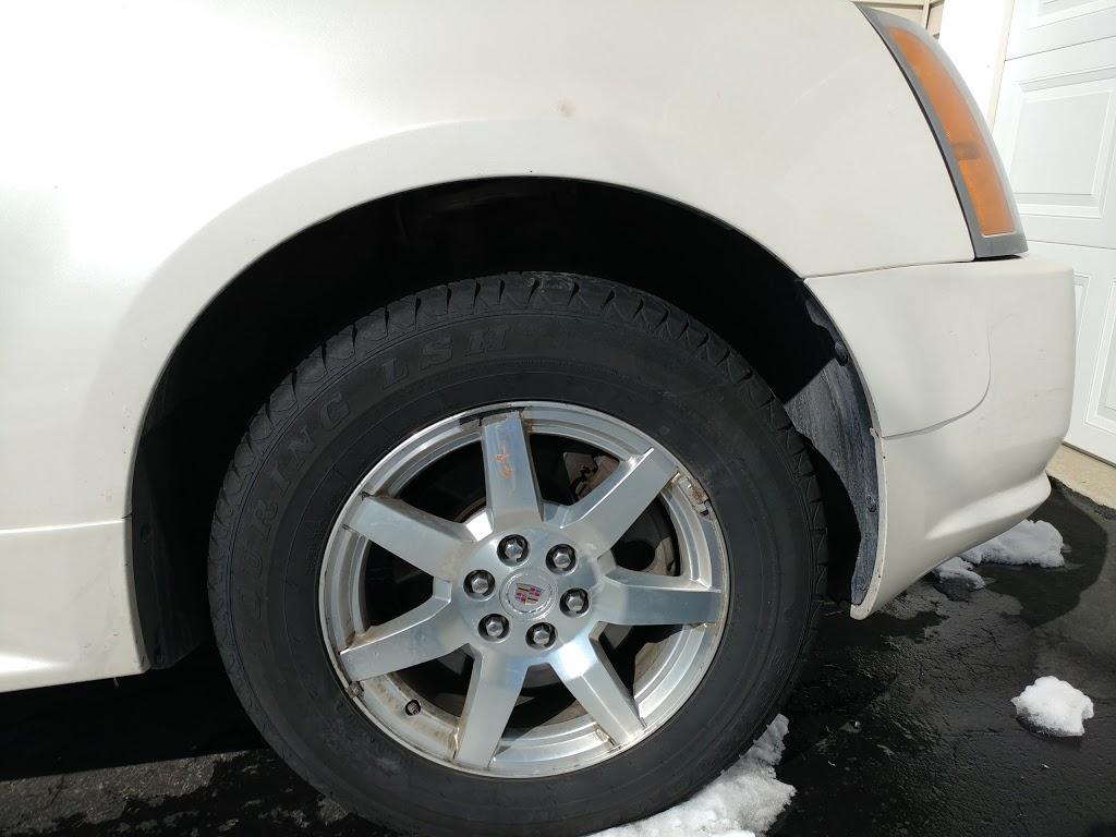 Jiffy Lube - car repair  | Photo 1 of 8 | Address: 1534 Vierling Dr E, Shakopee, MN 55379, USA | Phone: (952) 496-0922