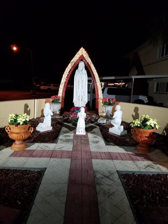 St John Vianney Catholic Church - church  | Photo 9 of 10 | Address: 445 82nd Ave, St Pete Beach, FL 33706, USA | Phone: (727) 360-1147