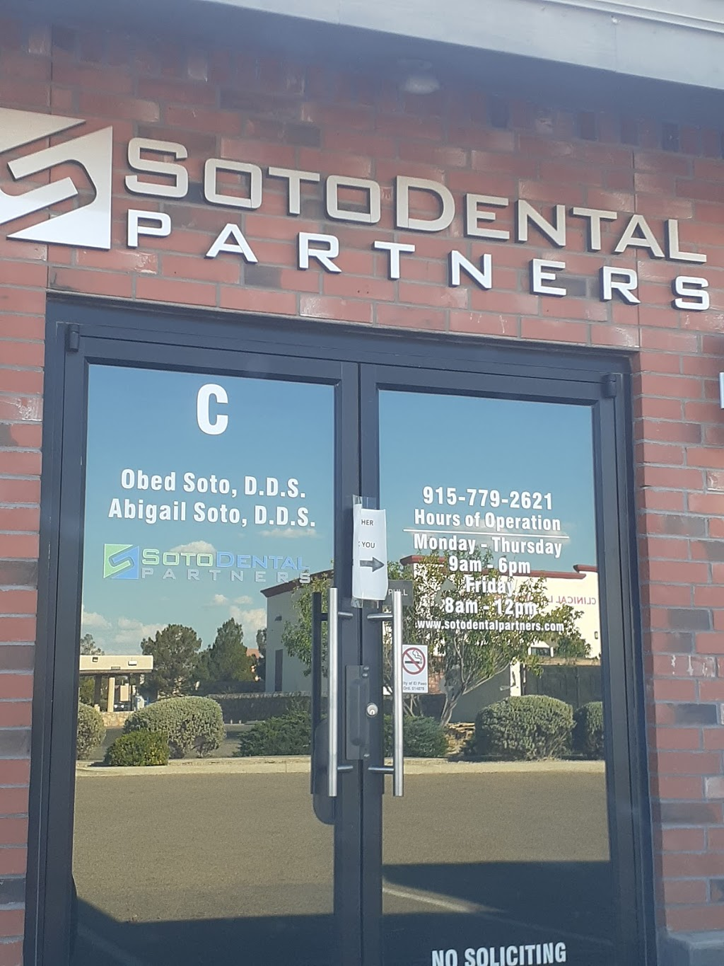 Obed Soto D.D.S. & Abigail Soto D.D.S. - dentist  | Photo 3 of 5 | Address: 11125 La Quinta Pl STE D, El Paso, TX 79936, USA | Phone: (915) 779-2621