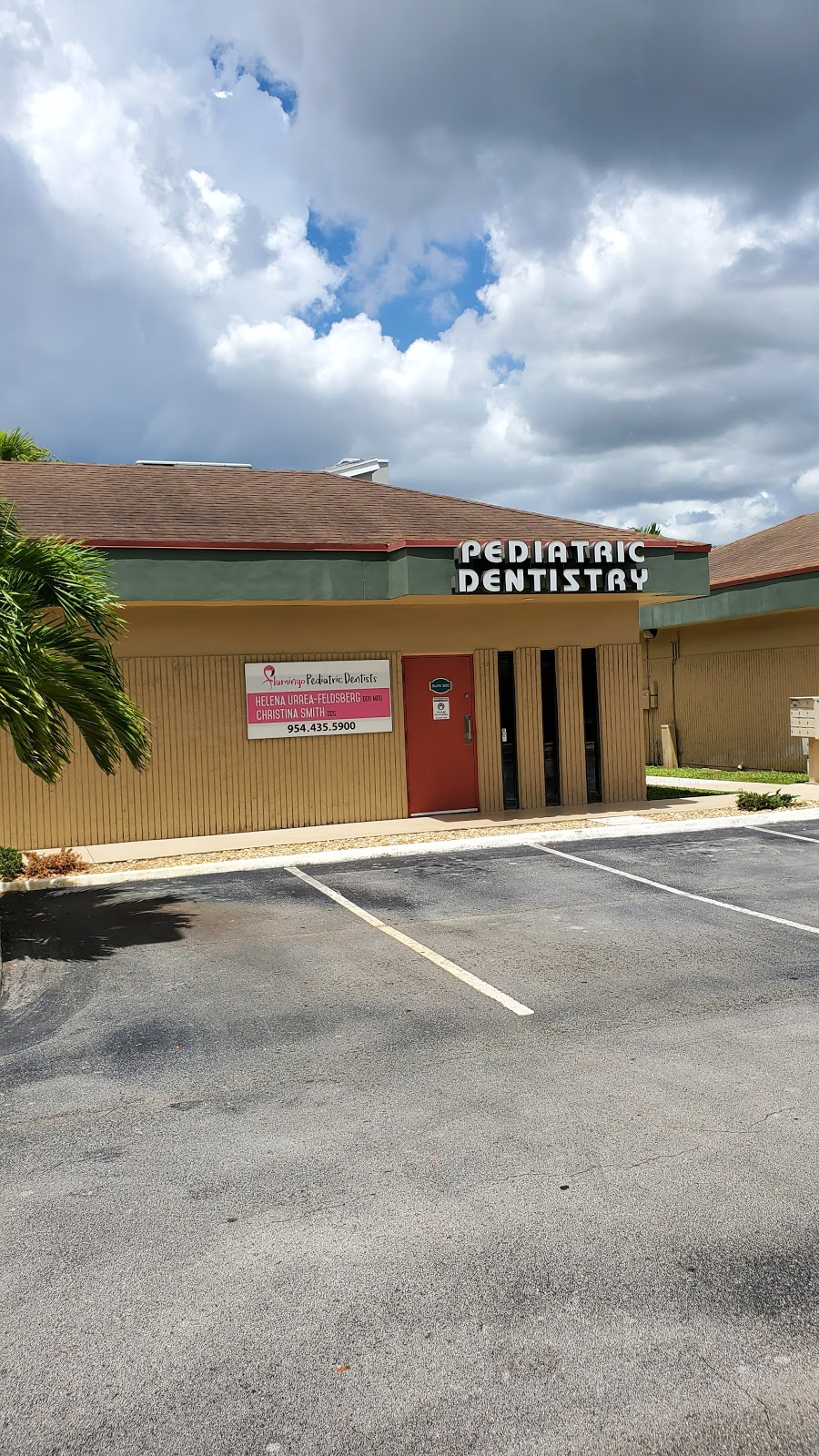 Flamingo Pediatric Dentistry - dentist    Photo 2 of 3   Address: 12301 Taft St, Pembroke Pines, FL 33026, USA   Phone: (954) 435-5900