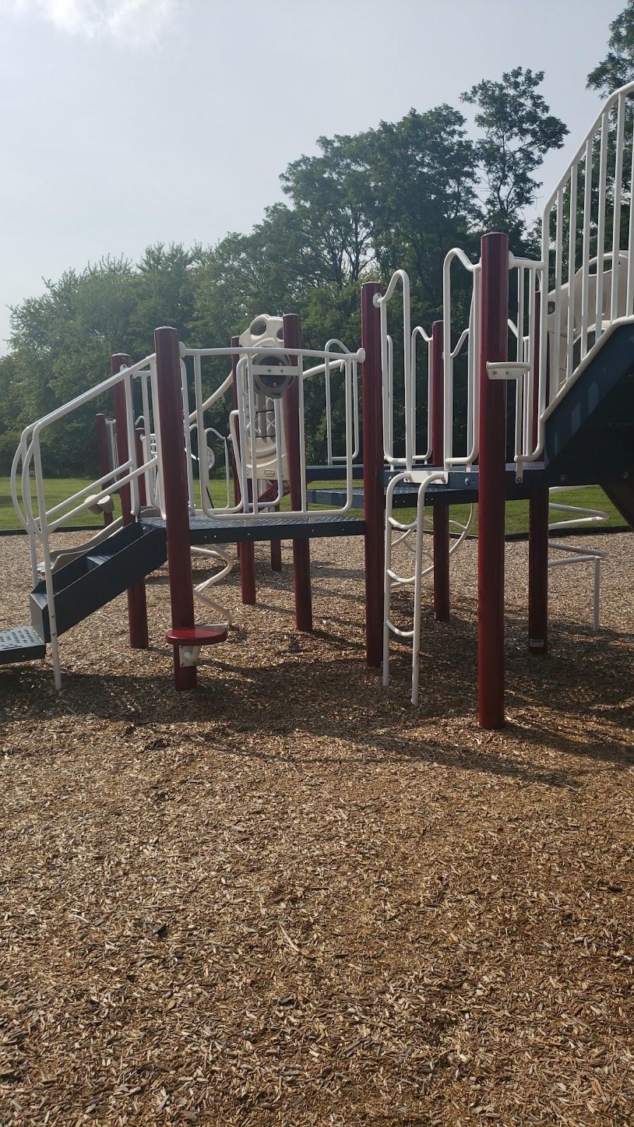 Gilbert Farms Park - park  | Photo 5 of 10 | Address: 6181 Ross Rd, Fairfield, OH 45014, USA | Phone: (513) 867-5348