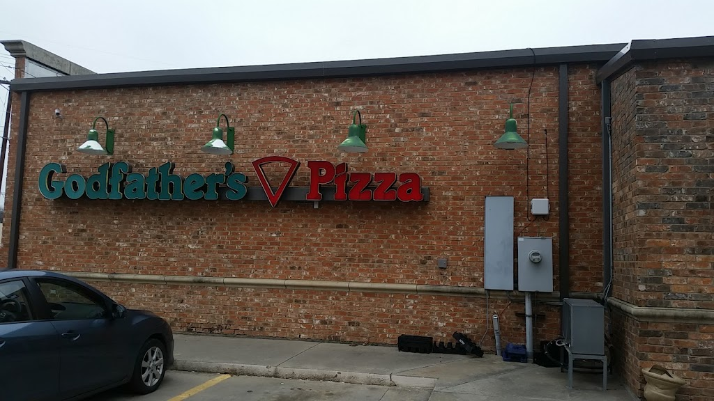 Godfathers Pizza - meal delivery  | Photo 1 of 10 | Address: 401 S Lake Dallas Dr, Lake Dallas, TX 75065, USA | Phone: (940) 497-5250