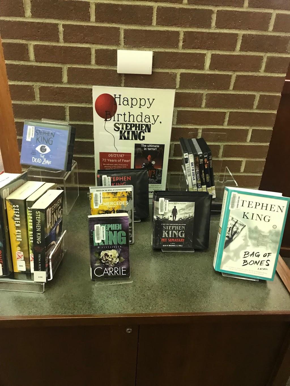 Lexington Public Library, Tates Creek Branch - library    Photo 10 of 10   Address: 3628 Walden Dr, Lexington, KY 40517, USA   Phone: (859) 231-5500