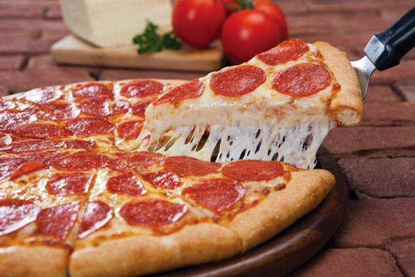 Godfathers Pizza - meal delivery  | Photo 2 of 10 | Address: 401 S Lake Dallas Dr, Lake Dallas, TX 75065, USA | Phone: (940) 497-5250
