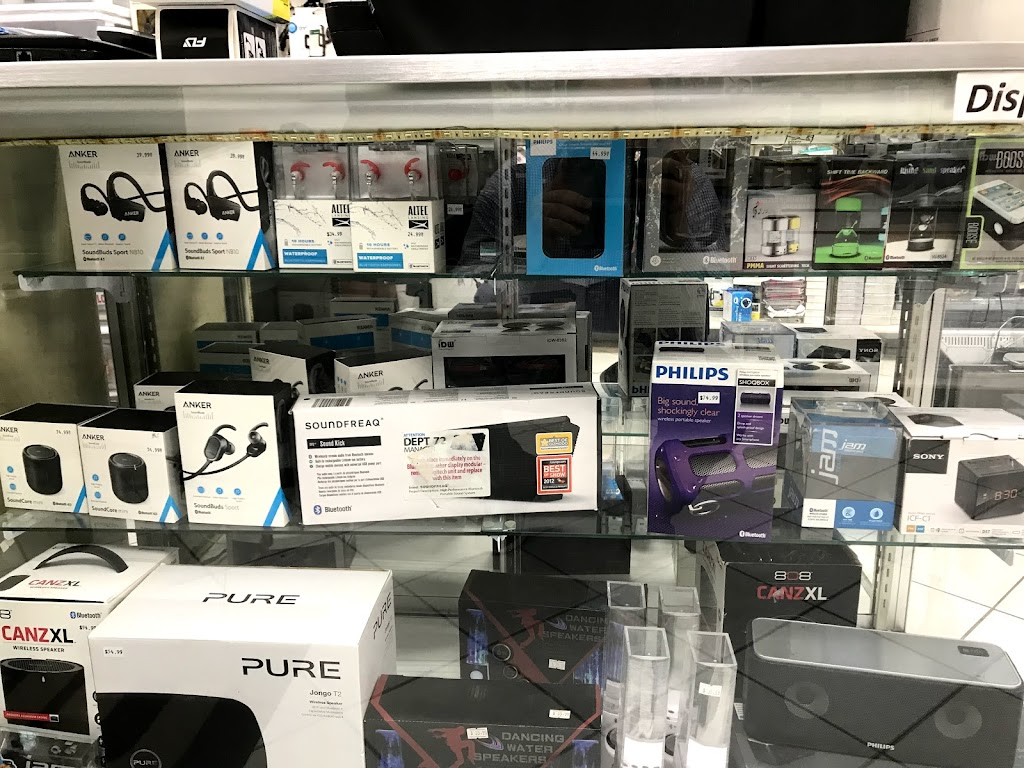 phone Repair - electronics store    Photo 4 of 10   Address: 66-42 Fresh Pond Rd, Flushing, NY 11385, USA   Phone: (347) 221-8641