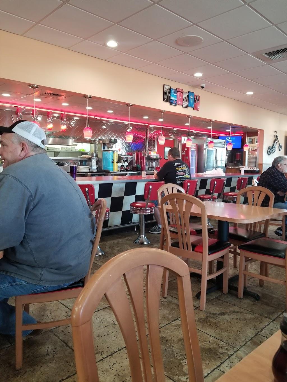 Freeway Cafe West - cafe    Photo 3 of 10   Address: 5849 S 49th W Ave, Tulsa, OK 74107, USA   Phone: (918) 292-8678