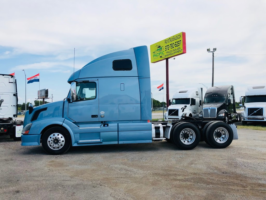 Pacific Truck Sales, LLC - store  | Photo 3 of 8 | Address: 2900 E Loop 820 S, Fort Worth, TX 76119, USA | Phone: (972) 790-6297