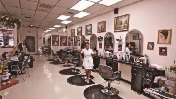 La Riviera Hair & Nail Salon - hair care  | Photo 1 of 10 | Address: 39324 US Hwy 19 N, Tarpon Springs, FL 34689, USA | Phone: (727) 784-1241