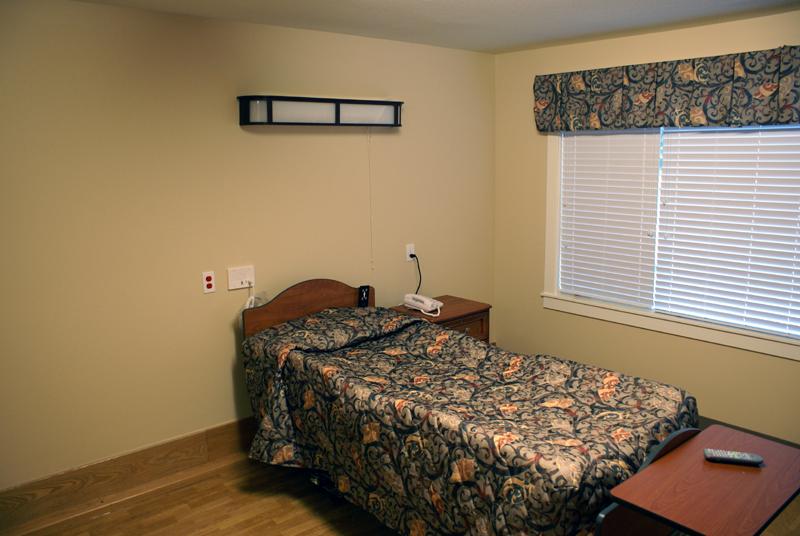 Avamere Rehabilitation of Oregon City - physiotherapist  | Photo 2 of 10 | Address: 1400 Division St, Oregon City, OR 97045, USA | Phone: (503) 656-0367