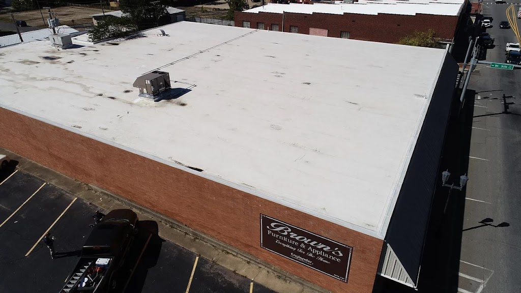 QE Restoration & Roofing Franklin - roofing contractor    Photo 8 of 10   Address: 617 Shadycrest Ln, Franklin, TN 37064, USA   Phone: (615) 505-7663