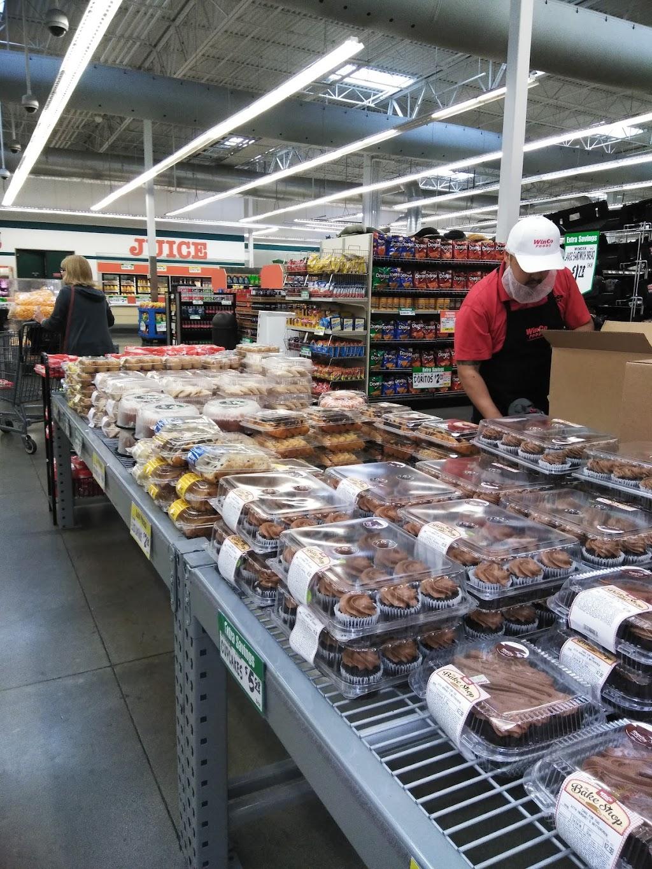 WinCo Foods - supermarket    Photo 3 of 10   Address: 1004 S Peach Ave #69, Fresno, CA 93727, USA   Phone: (559) 251-1002