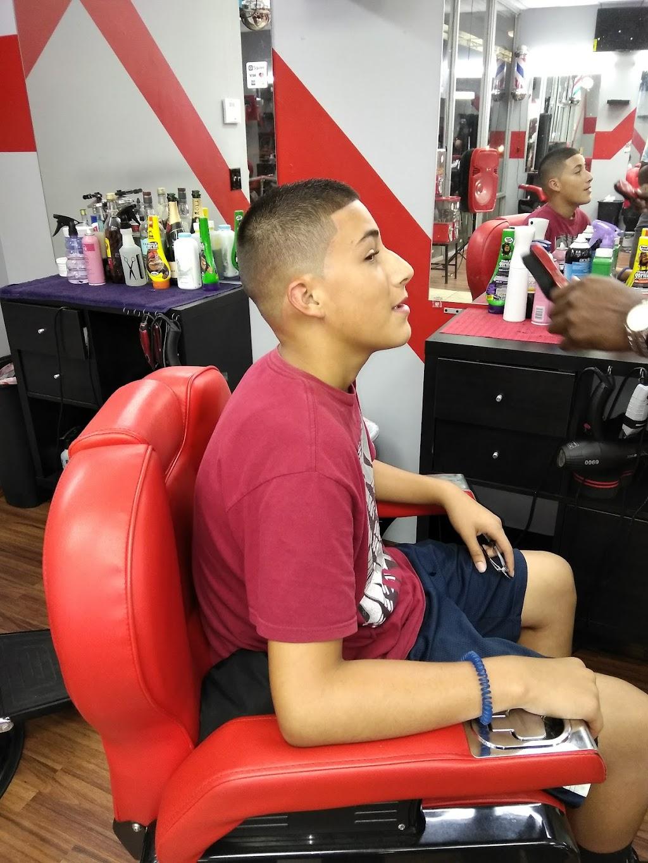 The Kings Barbershop/Salon - hair care    Photo 8 of 10   Address: 993 NE 135th St, North Miami, FL 33161, USA   Phone: (786) 400-4119