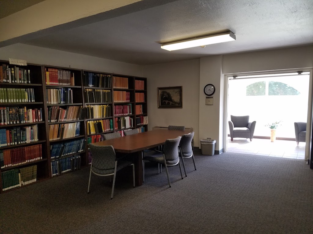 Annie Gabriel Library at California Baptist University - library  | Photo 9 of 9 | Address: 8432 Magnolia Ave #3206, Riverside, CA 92504, USA | Phone: (951) 343-4228