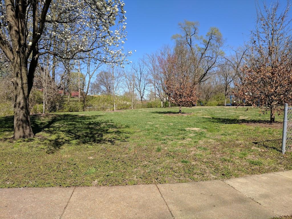 Glen Park - park    Photo 6 of 10   Address: 129 Newport Ave, Webster Groves, MO 63119, USA   Phone: (314) 963-5300