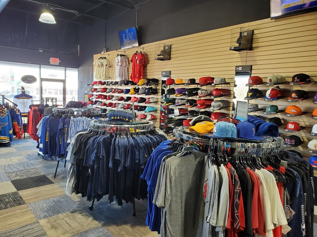 Headz N Threadz - clothing store  | Photo 5 of 10 | Address: 1065 Regency Pkwy, St Charles, MO 63303, USA | Phone: (314) 528-8100