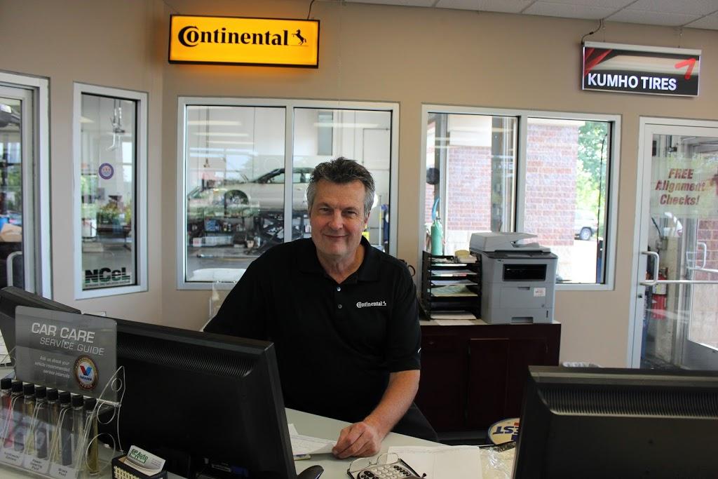 EP Auto, Tire & Glass - car repair    Photo 6 of 10   Address: 12479 Plaza Dr, Eden Prairie, MN 55344, USA   Phone: (952) 928-8888