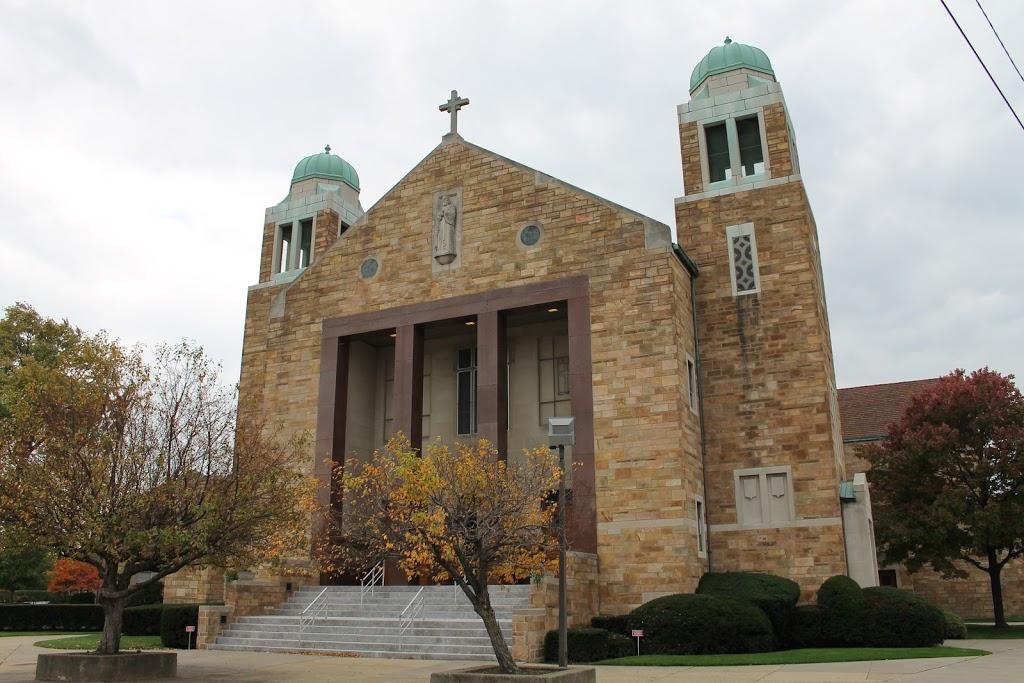St Matthew Church - church    Photo 4 of 10   Address: 6021 Whittier Ave, Detroit, MI 48224, USA   Phone: (313) 884-4470