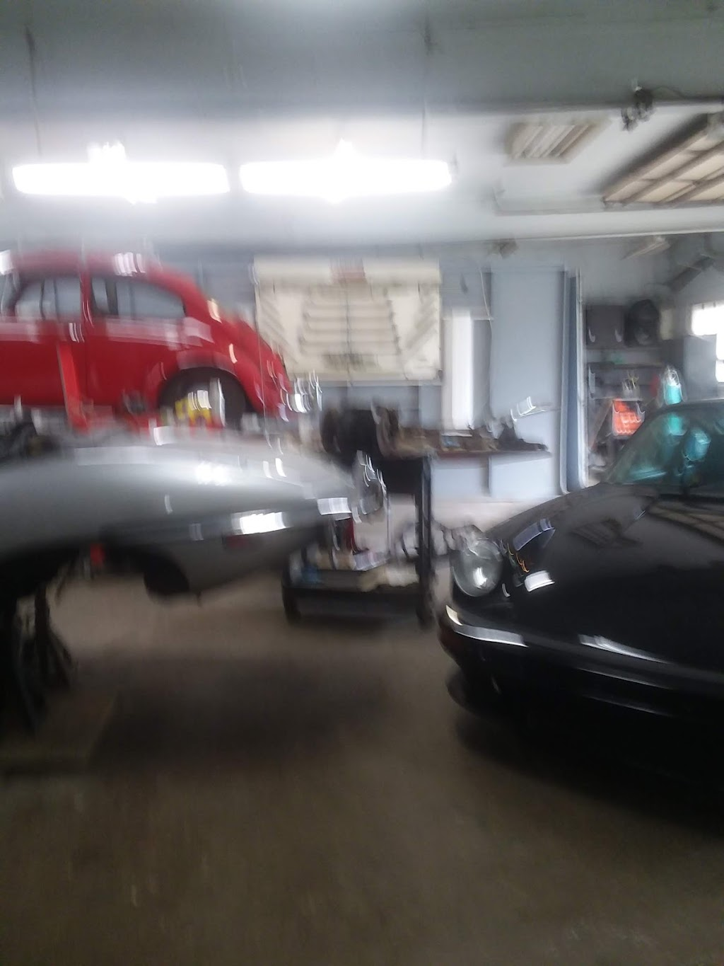 State Line Garage And Collison - car repair    Photo 6 of 6   Address: 26289 S State St, West Harrison, IN 47060, USA   Phone: (812) 637-3716