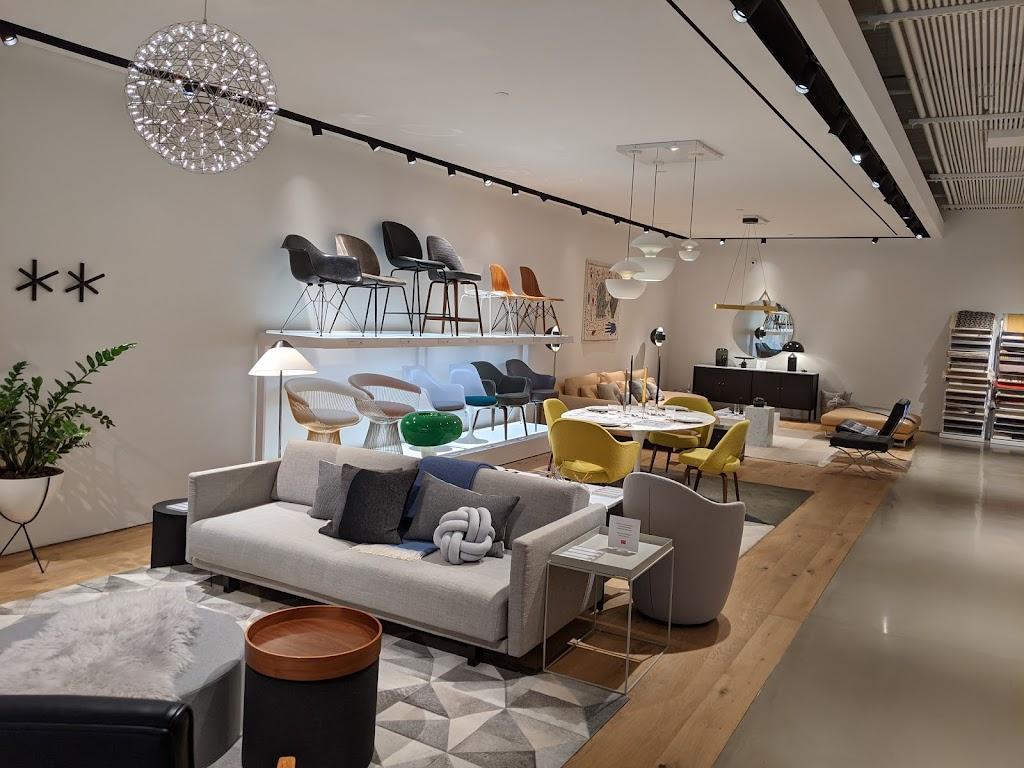 Design Within Reach - furniture store  | Photo 4 of 10 | Address: Galleria Shopping Center, 3225L Galleria, Edina, MN 55435, USA | Phone: (952) 920-0225