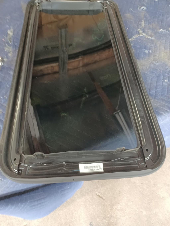 Westside Trim & Glass - car repair  | Photo 6 of 9 | Address: 2117 White Settlement Rd, Fort Worth, TX 76107, USA | Phone: (817) 334-0090