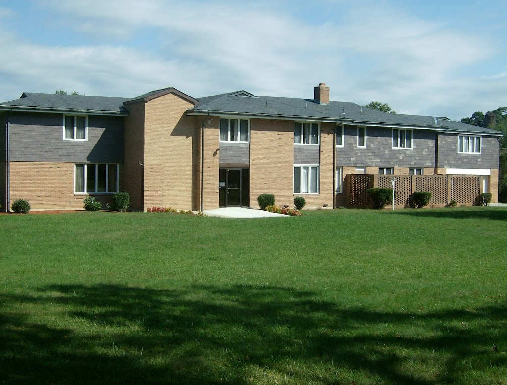 Henson Creek Assisted Living Facility - health  | Photo 1 of 3 | Address: 5075 Temple Hill Rd, Temple Hills, MD 20748, USA | Phone: (301) 505-7230
