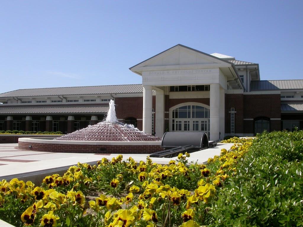 Arkansas State University Mid-South - university  | Photo 2 of 10 | Address: 2000 W Broadway Ave, West Memphis, AR 72301, USA | Phone: (870) 733-6722