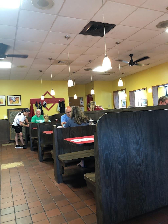 Brighton Hot Dog Shoppe - restaurant  | Photo 5 of 10 | Address: 224 State Ave, Beaver, PA 15009, USA | Phone: (724) 728-6622