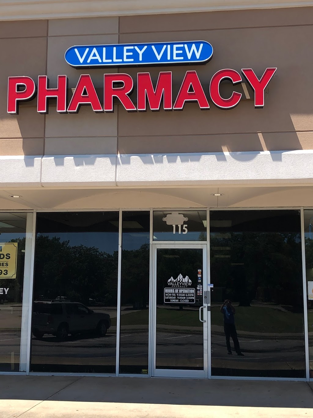 Valley View Pharmacy - Farmers Branch - pharmacy  | Photo 1 of 3 | Address: 12879 Josey Ln #115, Farmers Branch, TX 75234, USA | Phone: (972) 982-2232