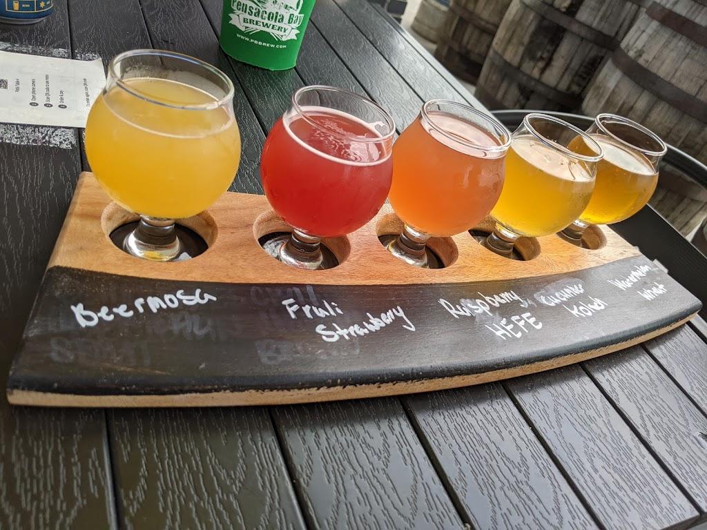 Global Brew Tap House - restaurant  | Photo 2 of 10 | Address: 2329 Plum St, Edwardsville, IL 62025, USA | Phone: (618) 307-5858