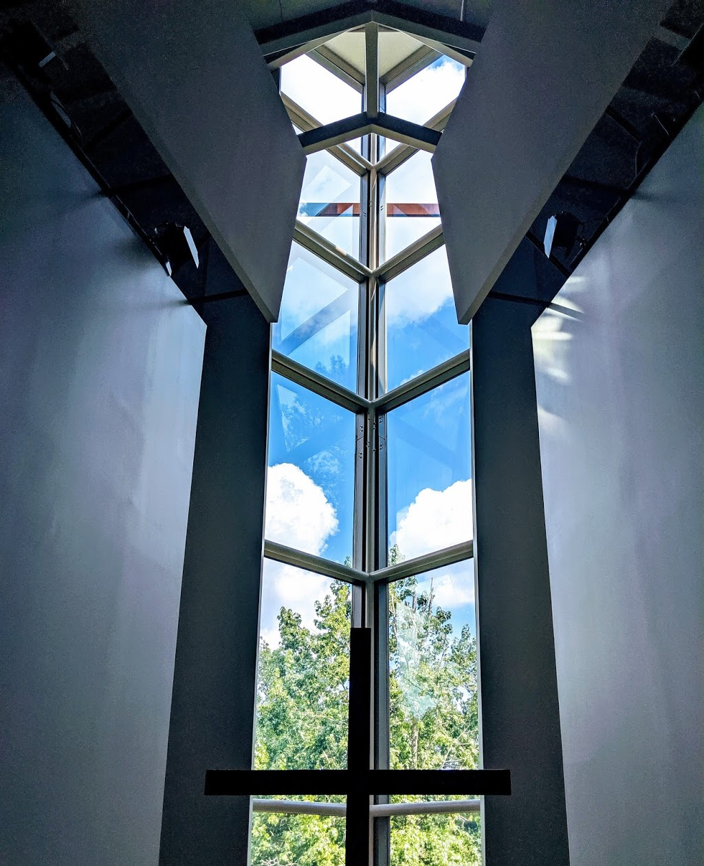 Dunwoody Community Church - church  | Photo 9 of 10 | Address: 2250 Dunwoody Club Dr, Atlanta, GA 30350, USA | Phone: (770) 396-8600