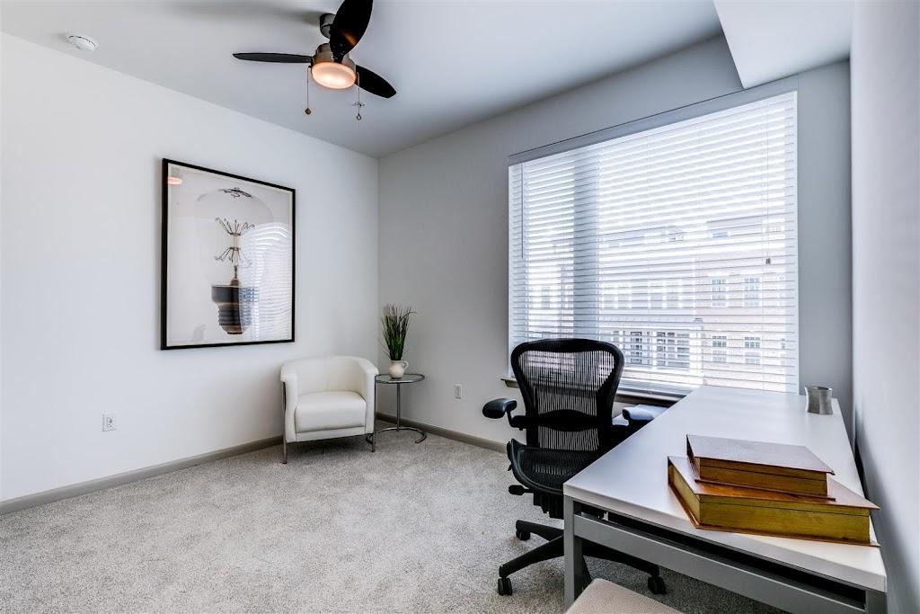 East 51 at Rocketts Landing Apartments - real estate agency  | Photo 5 of 10 | Address: 5101 Old Main St, Richmond, VA 23231, USA | Phone: (804) 793-8443