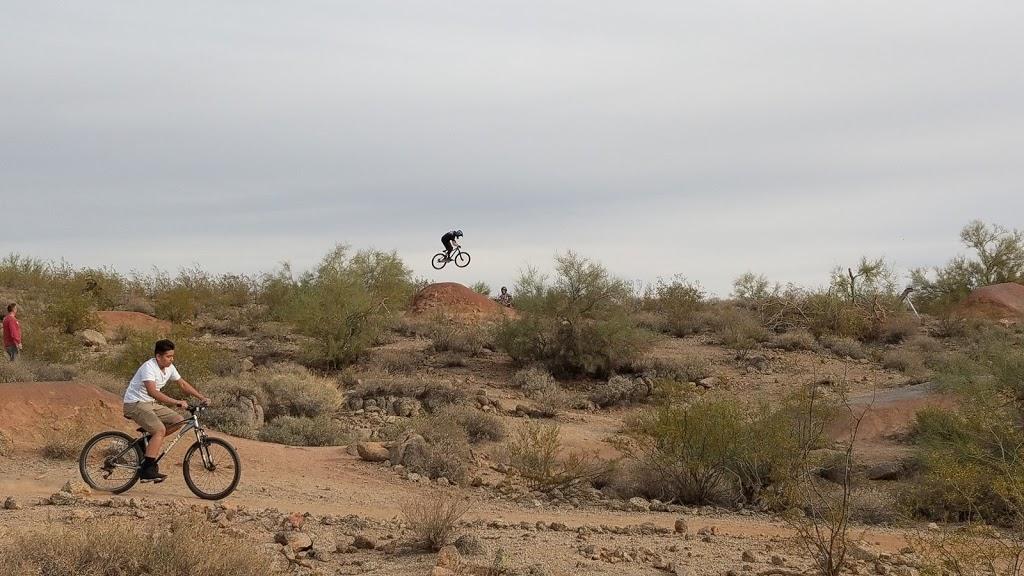 Desert Trails Bike Park - park  | Photo 4 of 10 | Address: 2955 N Recker Rd, Mesa, AZ 85215, USA | Phone: (480) 644-7529