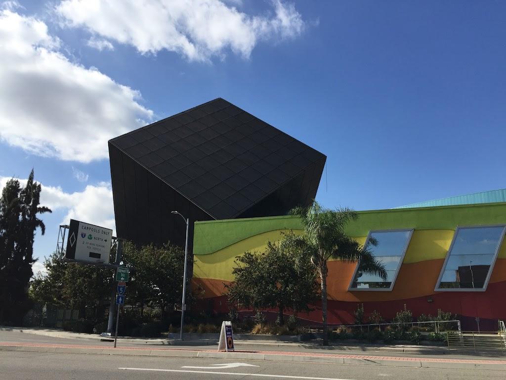 Discovery Cube Orange County - museum  | Photo 2 of 10 | Address: 2500 N Main St, Santa Ana, CA 92705, USA | Phone: (714) 542-2823