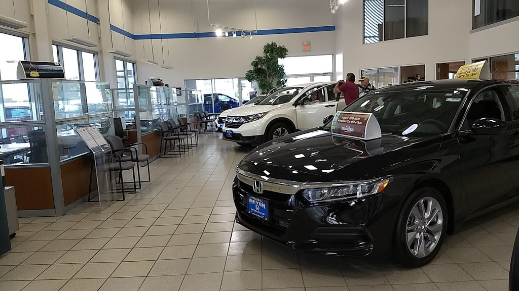 Serra Honda OFallon - car dealer  | Photo 4 of 10 | Address: 1268 Central Park Dr, OFallon, IL 62269, USA | Phone: (618) 622-0588